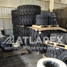 ATLAPEX Wheel loader solid tires, provide excellent performance in extreme harsh workin condition
