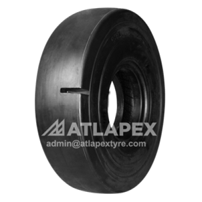 L-5S Port tire with AT-PS5 pattern for port use