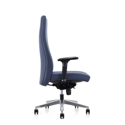 Silla ejecutiva de oficina de cuero grande y alta Y&F con reposabrazos ajustables en altura cromados (YF-822-0891)