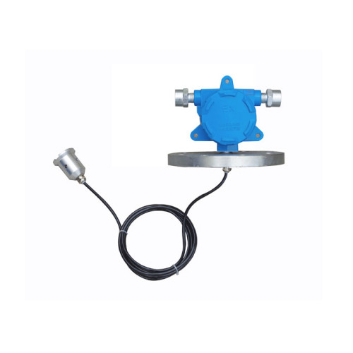 Leakage detectors designed for detecting oil and water used on doublewall tanks and pipelines