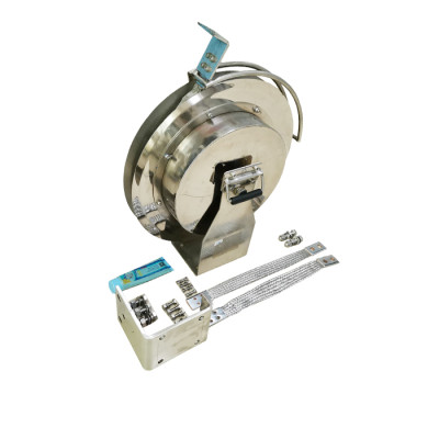 Retractable Grounding Reel for floating roof storage tanks bypass conductor