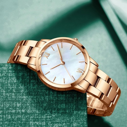 2021 New Style Gold Stainless Steel Green Stone Dial Japan Quartz Shell Pearl oyster Brand Women's Waterproof Lady Retro Watches