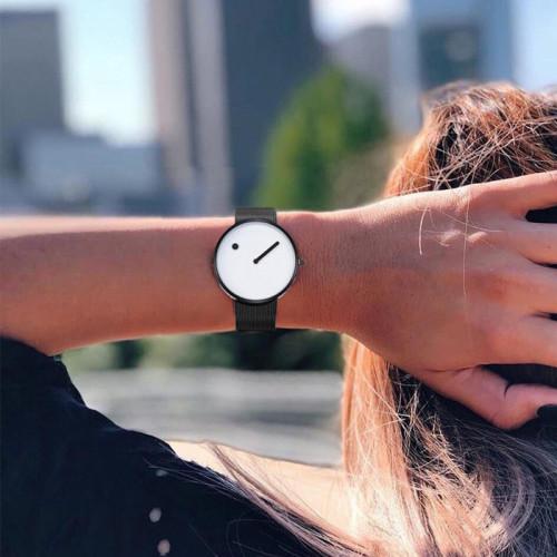 Minimalist Style Stainless Steel Mesh Men Watch Fashion Creative Watch