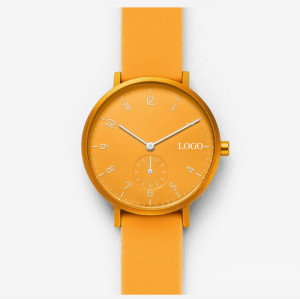 Hot selling fashion multi color silicone quartz watches waterproof simple lovers watches