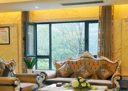 52 Casement Window