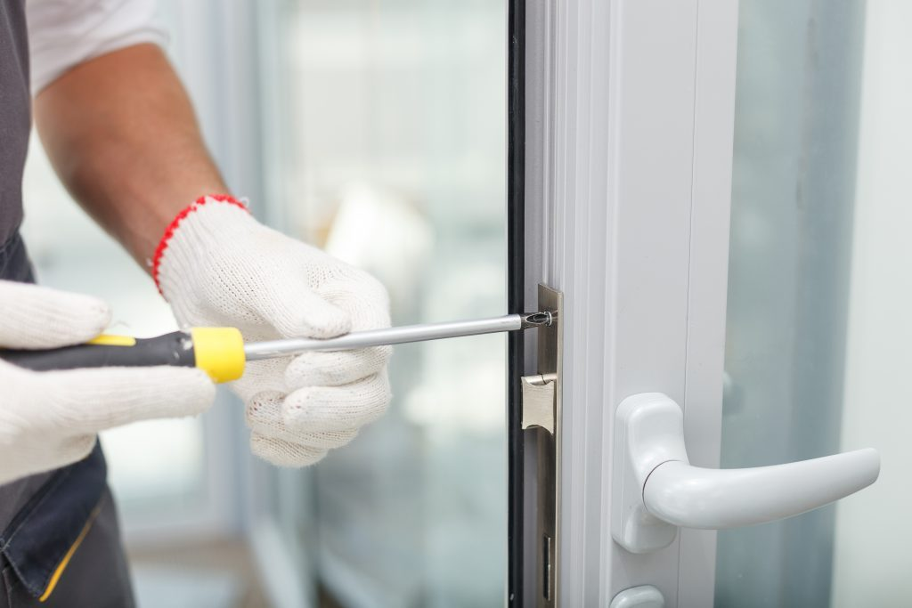 two common faults and treatment methods for aluminum doors