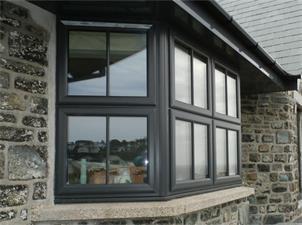 6 Steps to Install Aluminum Windows