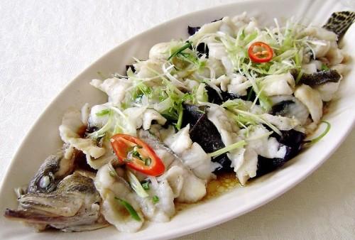 Fideos sazonador platillo pescado sabor especias condimentos mezclados cubo