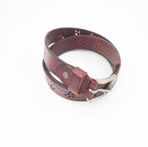 Classic Retro Version of Wild Ladies Square Alloy Buckle Leather Belt
