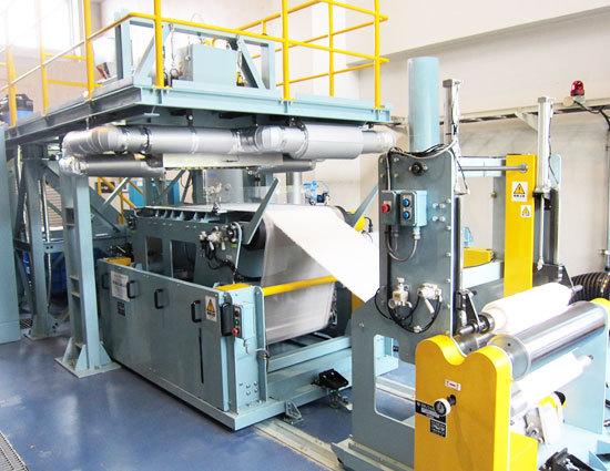 Components of meltblown non-woven fabric machine