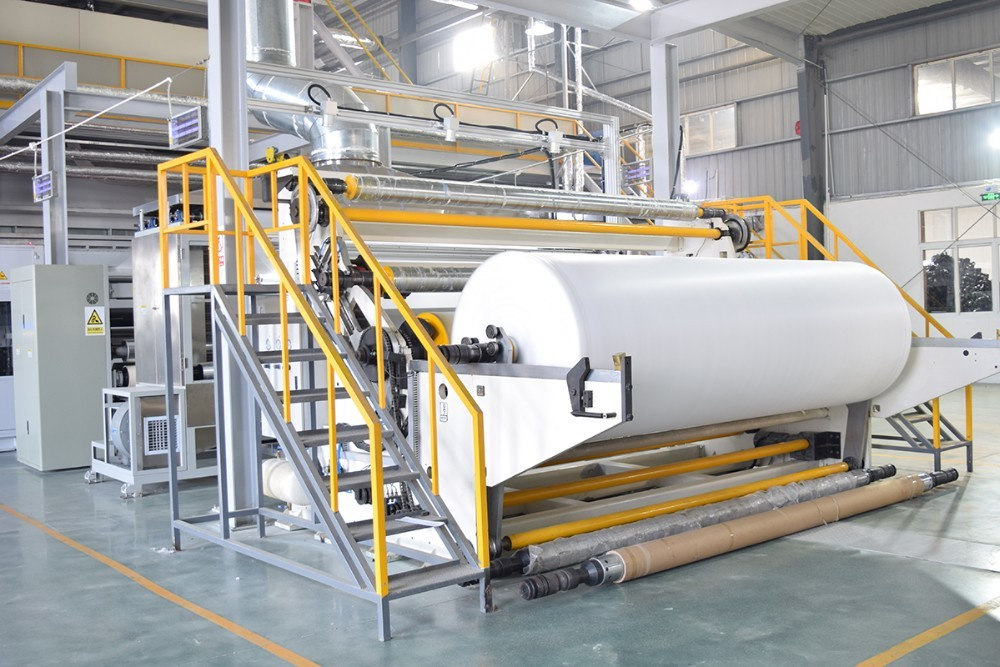 the specific operating procedure of the meltblown non-woven fabric machine