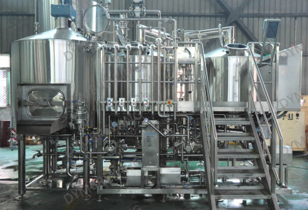 3 sets of beer brewing equipment were shipped to Japan in August.