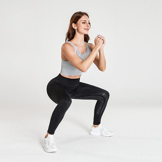 Soutien-gorge en maille gris et leggings noirs Fabricant de vêtements de fitness