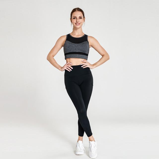 Vente en gros Vêtements de fitness avec haut gris et leggings noirs