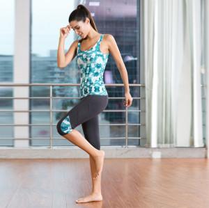 Débardeur d'impression numérique de mode et ensembles de vêtements de sport en gros de leggings gris