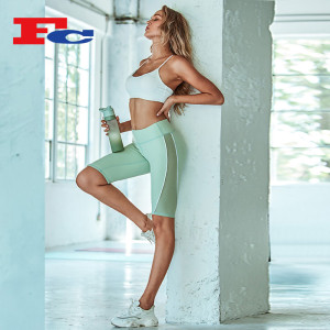 Fengcai New Design Pure White Simple Sports Bra And Mint Green Shorts Trendy Yoga Clothes