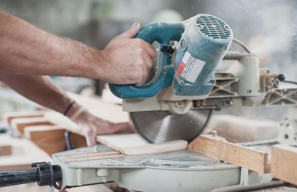 the precautions of maintaining circular saw blades