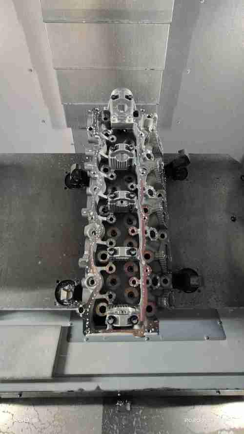 VMC1060B+ column increase cnc metal cutting machine