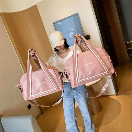 Fashion girls custom waterproof large gym bags tote crossbody duffel travel bags