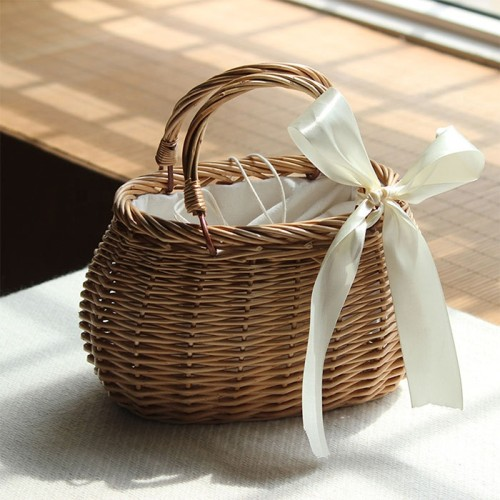 Crochet handmade fringed small bamboo basket Wicker Ladies Rattan Bag Women's leisure bag