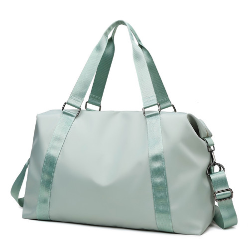 Customized large capacity waterproof gym duffel bags women travel bags