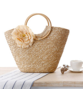 2021 latest summer Women reusable straw handle bag with beautiful flower rattan beach bag