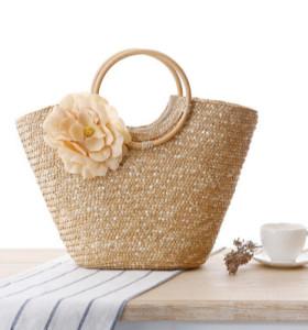 2021 latest summer Women reusable straw handle bag with beautiful flower rattan beach bags