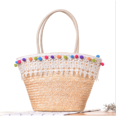 Wholesale hand woven bohemia beach basket fashion straw bags women handbags