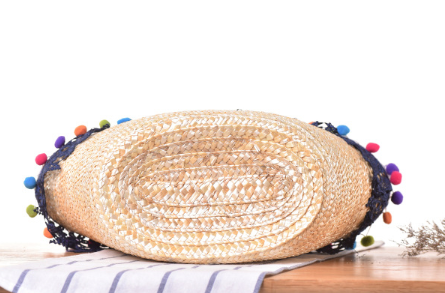 Wholesale hand woven bohemia beach basket fashion straw bags women handbags