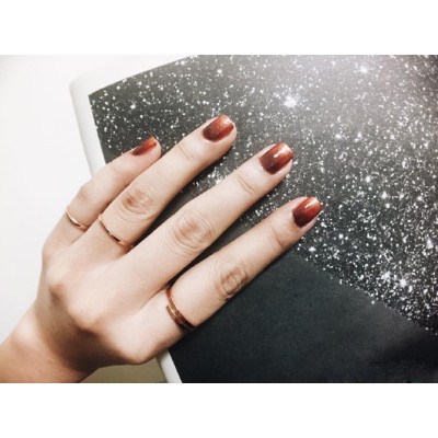 New Arrival 2021 Trendy Wine Red Glossy Nail Polish