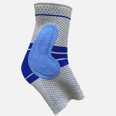 Professional ankle strap prevents sprain and protects joints