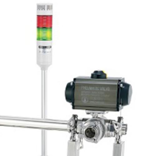 Pipe metal detector capable of detecting liquid