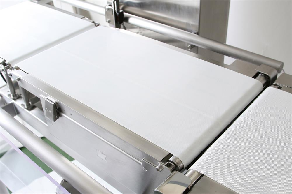 the specific method to clean the checkweigher