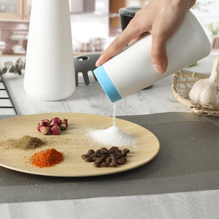 plastic condiment squeeze bottles for salt