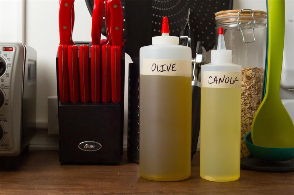 the six manufacturing methods of plastic squeeze bottles