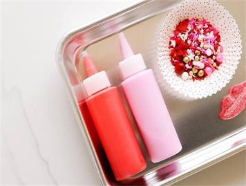 What Are the Advantages of Plastic Squeeze Bottles Compared to Glass Bottles?