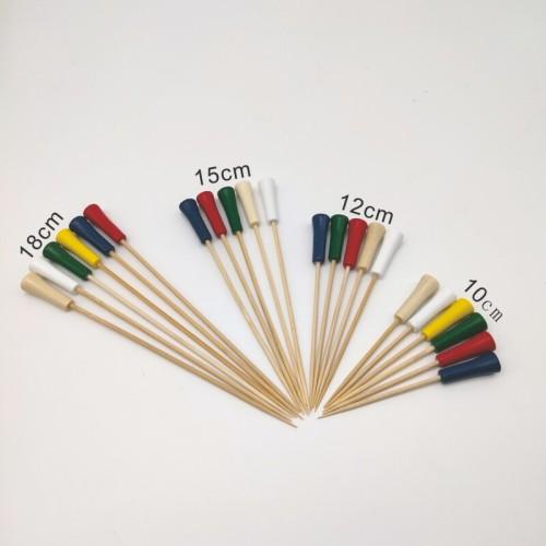 Bâtonnets à cocktails en bambou divers et esthétiques
