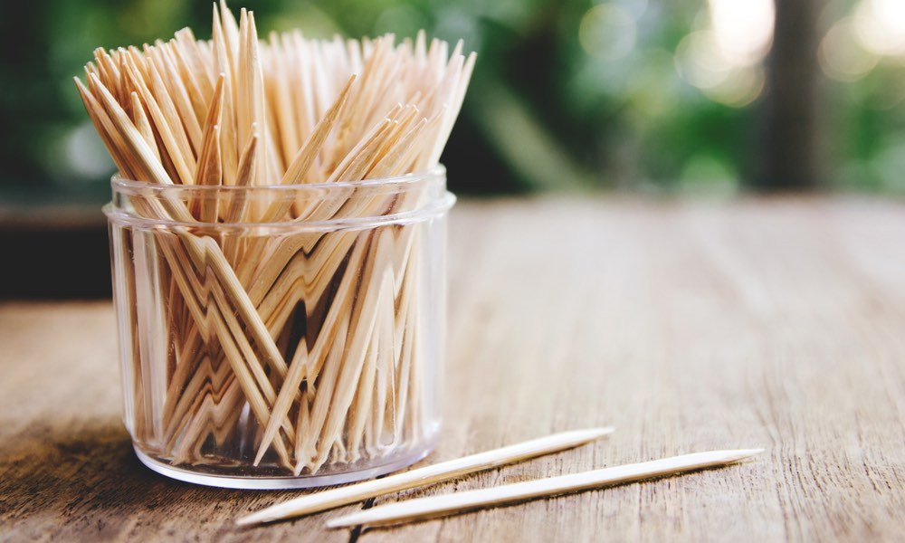 the precautions for using bamboo toothpicks