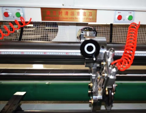 Paper board industrial servo single screw computer thin knife slitting and indentation machine (line 0)   Carton machinery and equipment