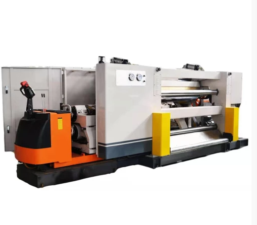The utility model relates to a single corrugated board covering production line