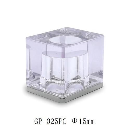 غطاء عطر بلاستيكي شفاف جميل لزجاجة عطر الصين المورد زجاجات GP