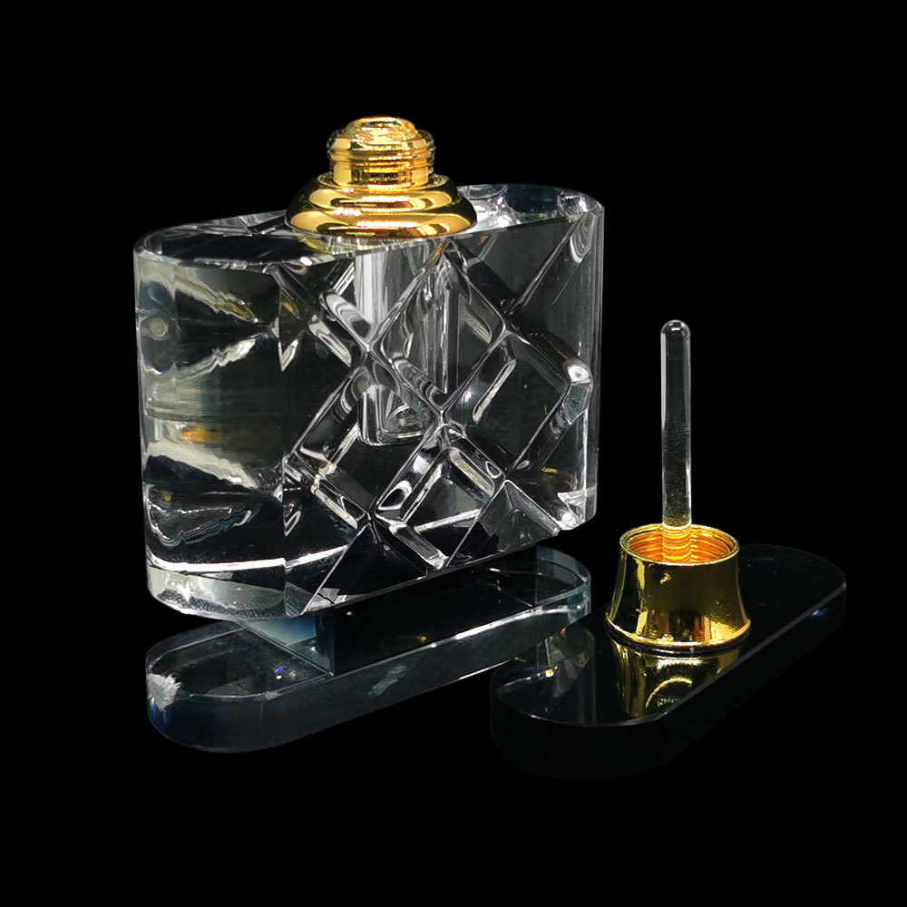 crystal perfum bottle