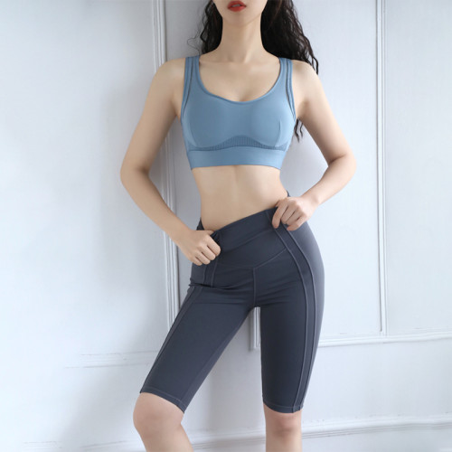 Custom labeling seamless sexy bag hip fitness exercise tight yoga pants