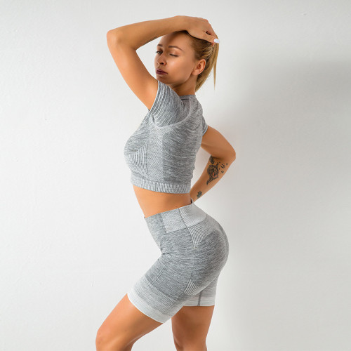 Short-sleeved seamless tight shorts yoga set
