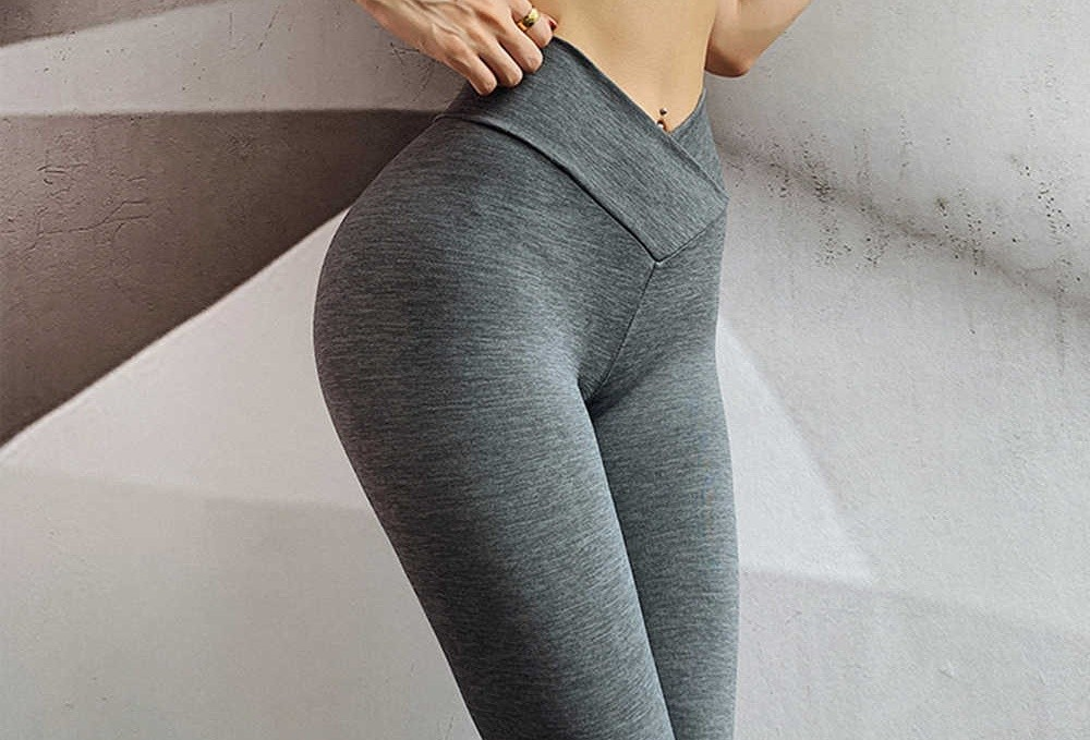 the specific benefits of wearing yoga pants