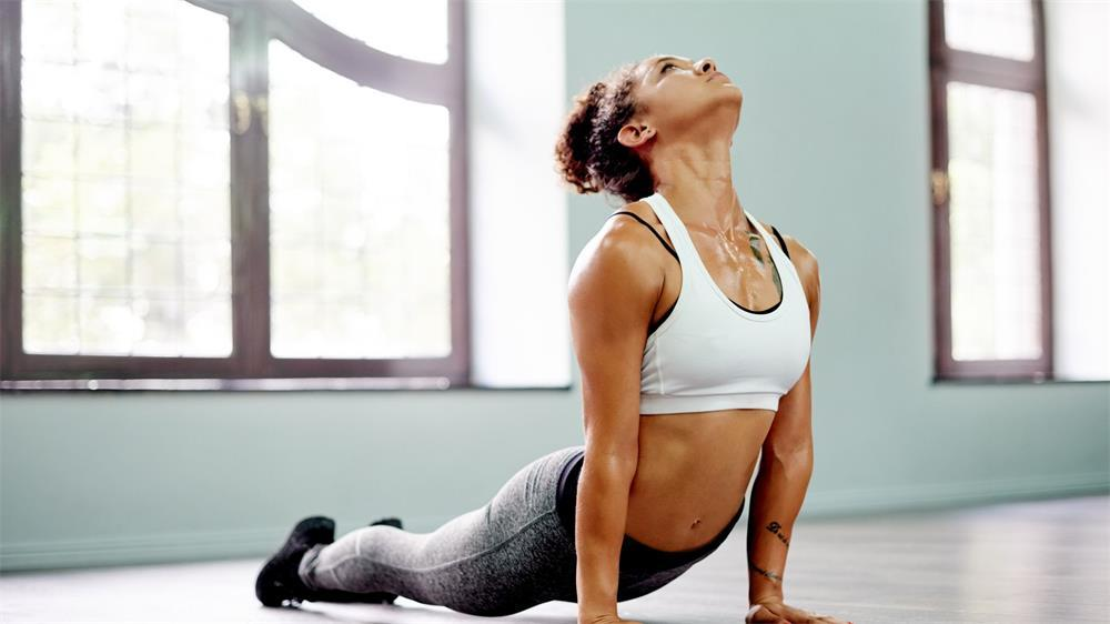 how to choose the right yoga top