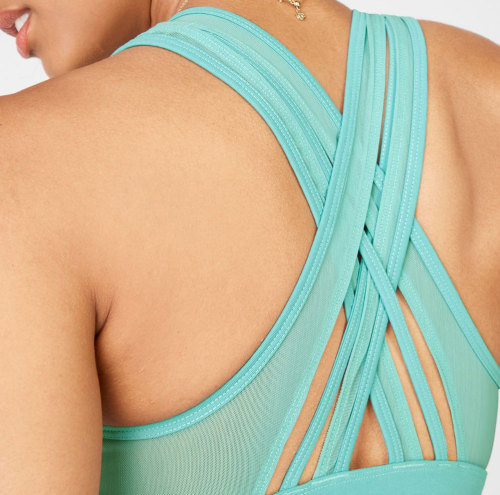 Private Label Comfortable Front Criss Cross Soft Mesh Sports Bra with Supportive Cross Back Straps-Aktik