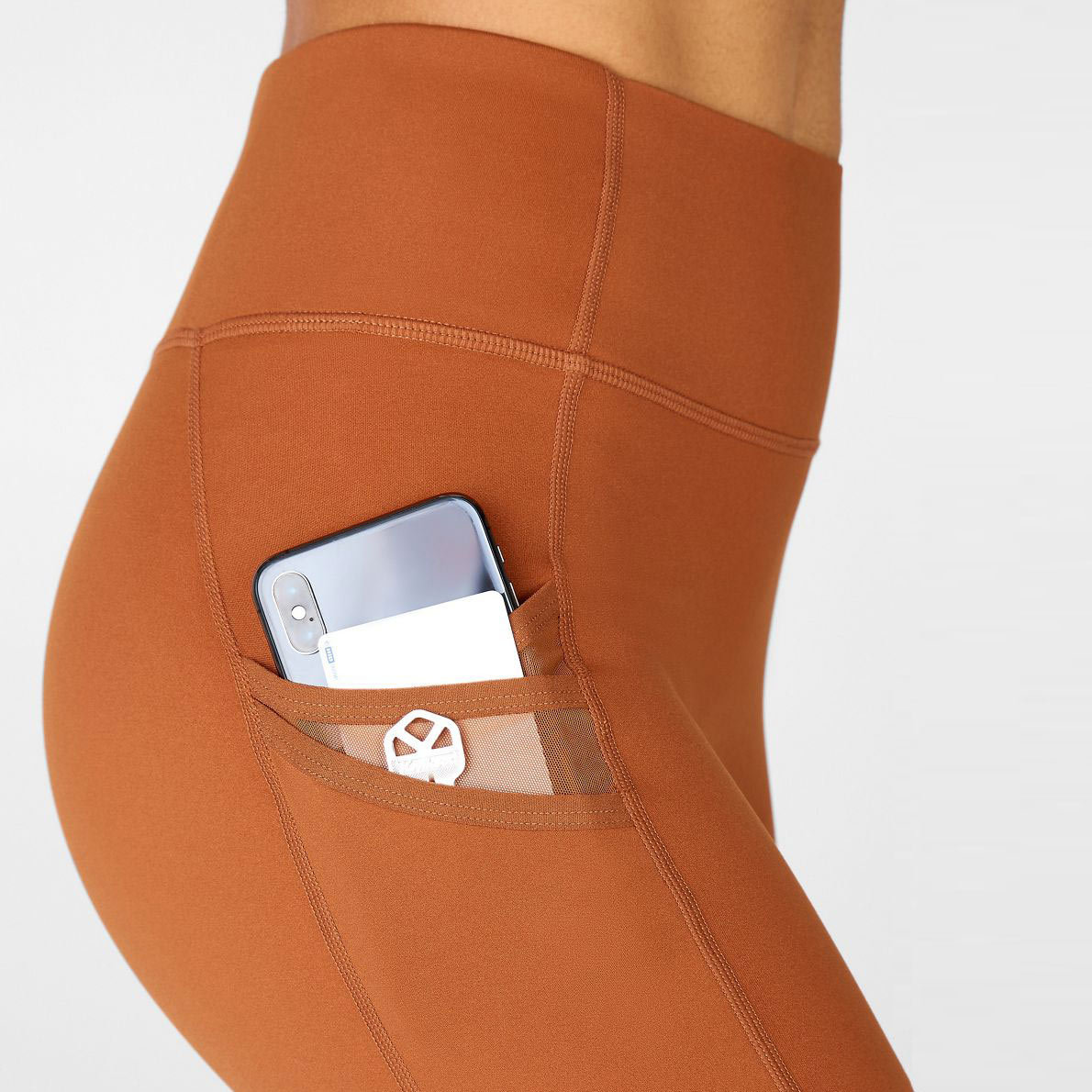 leggings with phone pocket