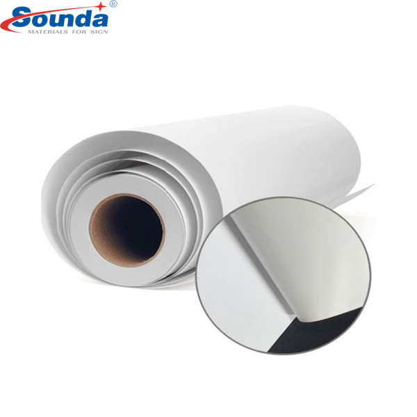 100 micro/140gsm pvc self adhesive vinyl rolls with free sample for printing and advertising
