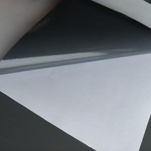 Logo Sticker Custom self adhesive printed vinyl papers Sticker Self Adhesive Paper Boxes White Label Waterproof Sticker